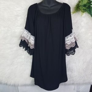 Umgee Crepe Tunic Tiered Lace Sleeves